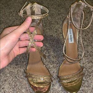 Steve Madden Women's Harmon heels